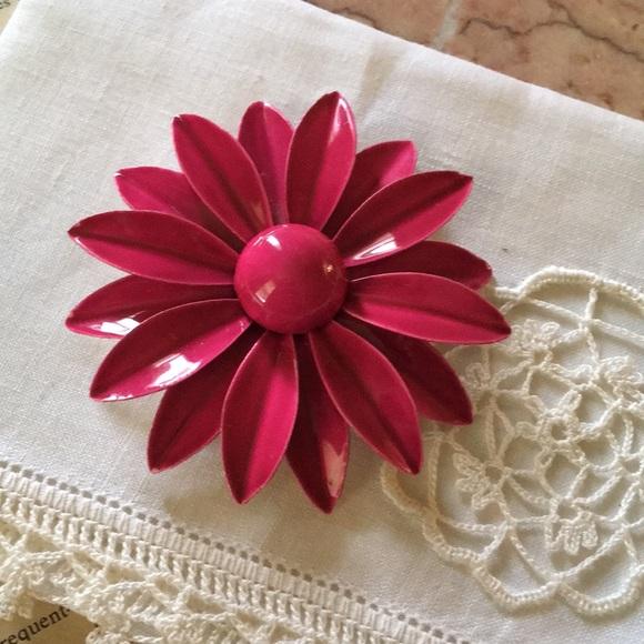 Vintage jewelry pink flower pin poshmark vintage pink flower pin mightylinksfo
